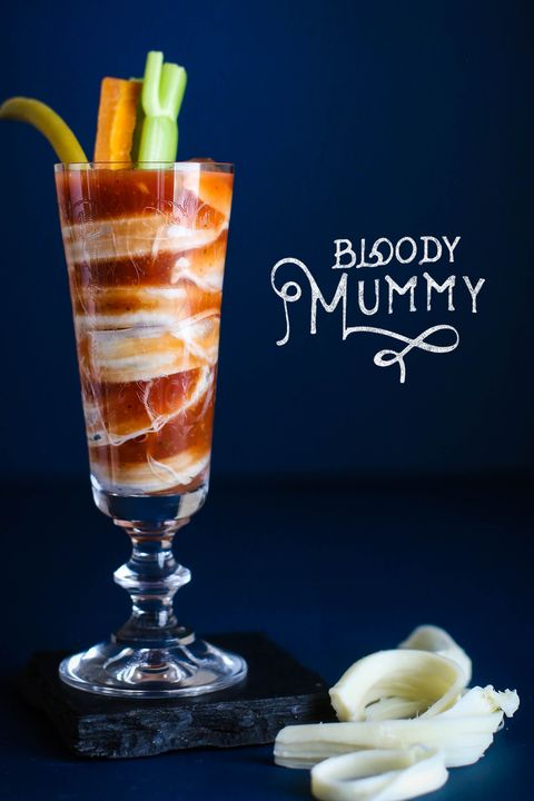 halloween cocktails bloody mummy