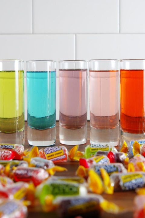 halloween candy cocktail recipe