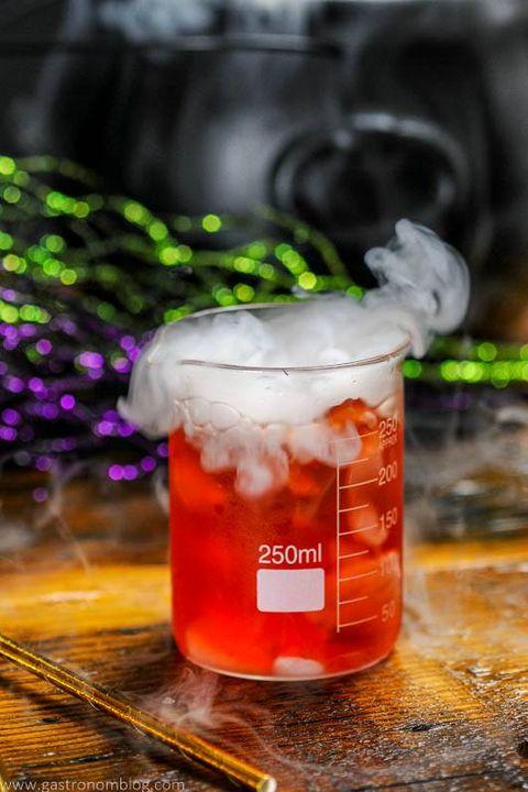 halloween cocktails poison apple