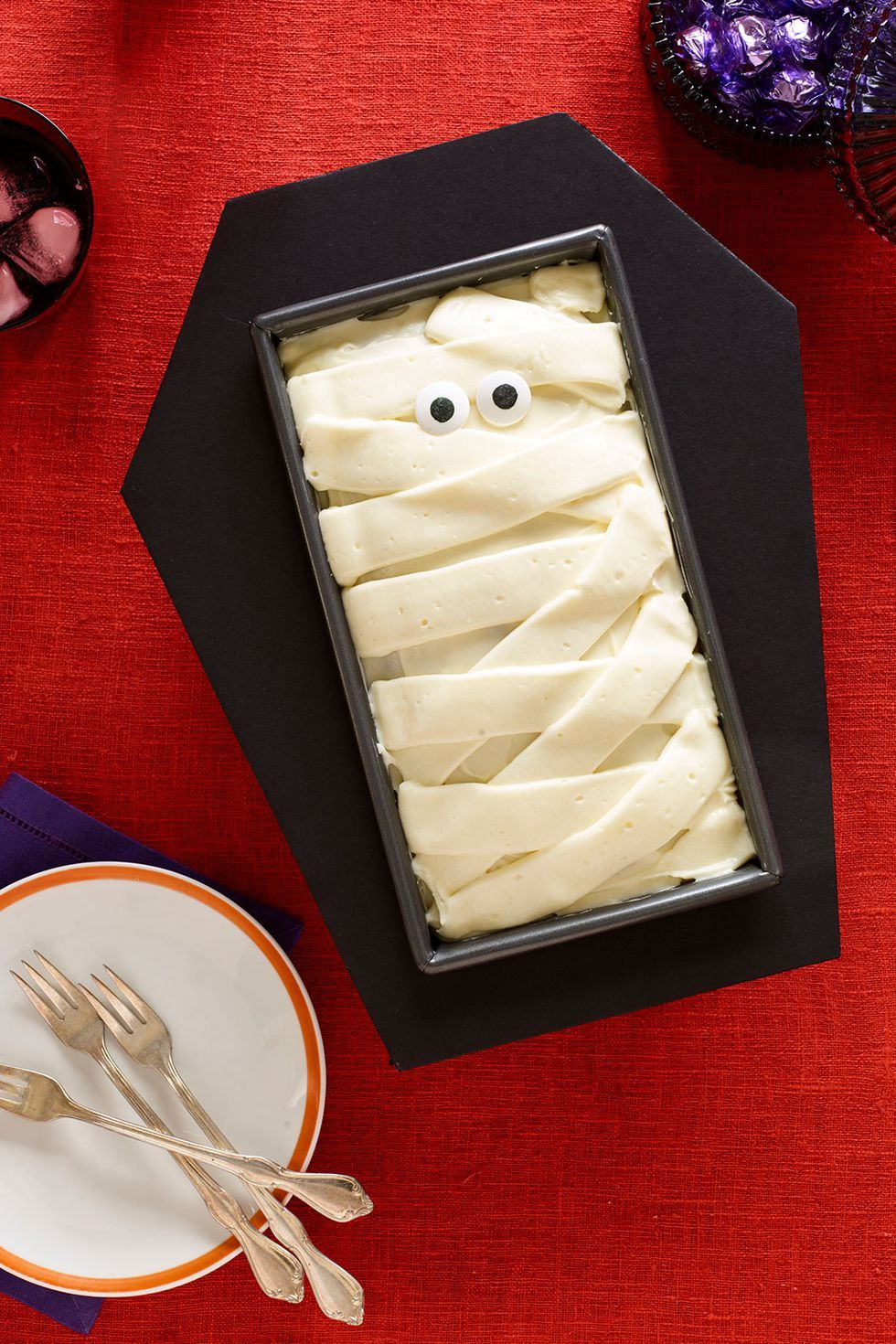halloween cakes coffin cake