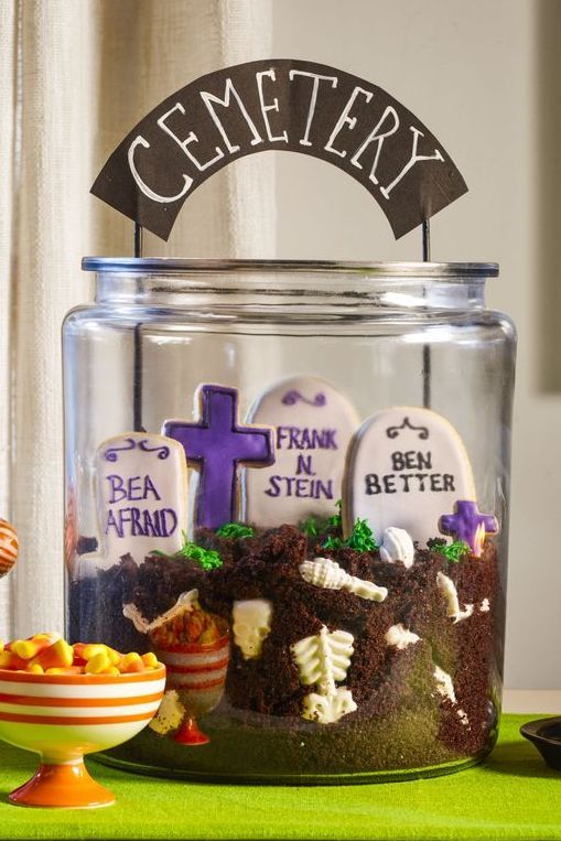 halloween cookies graveyard cookie jar
