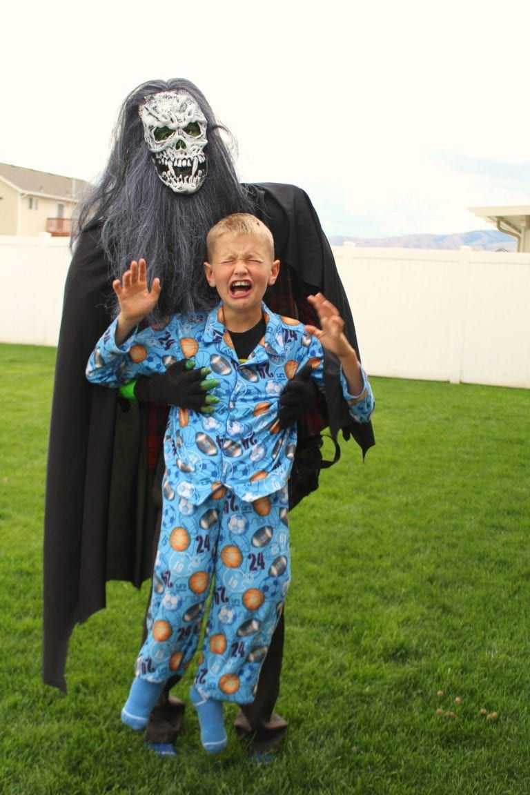 Kids Halloween costume 3-5 years