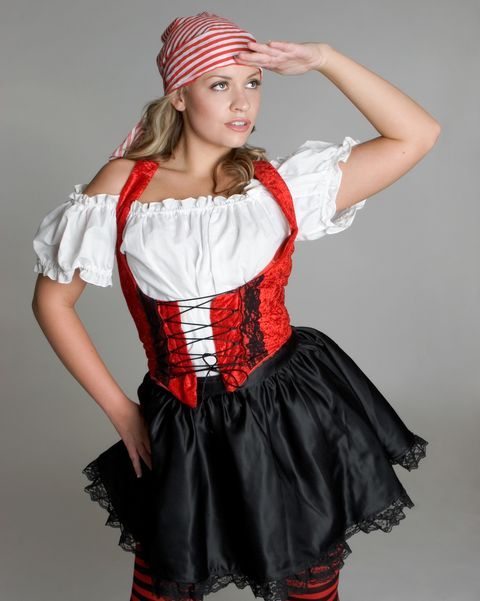 Diy Pirate Costume How To Make A Pirate Halloween Costume
