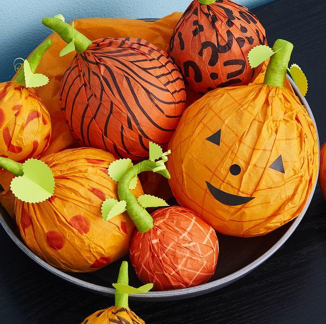 halloween decor, pumpkins, jack o' lanterns, holiday mystery treat pumpkins