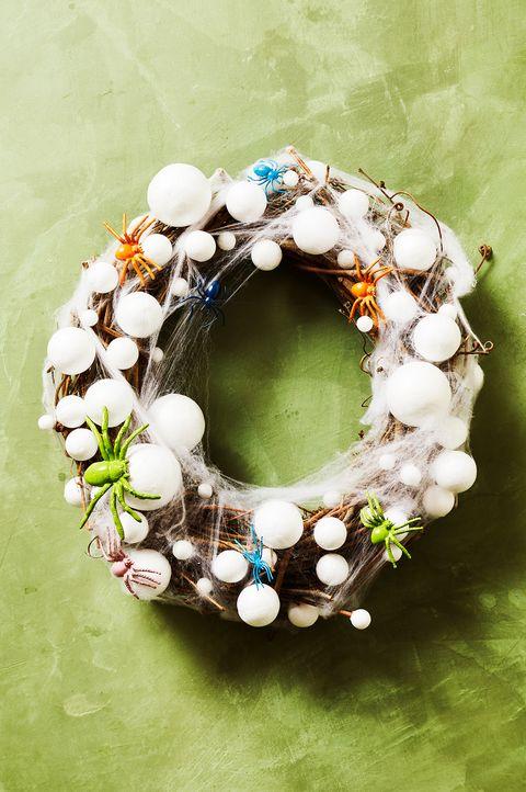 halloween crafts for kids spider egg wreath