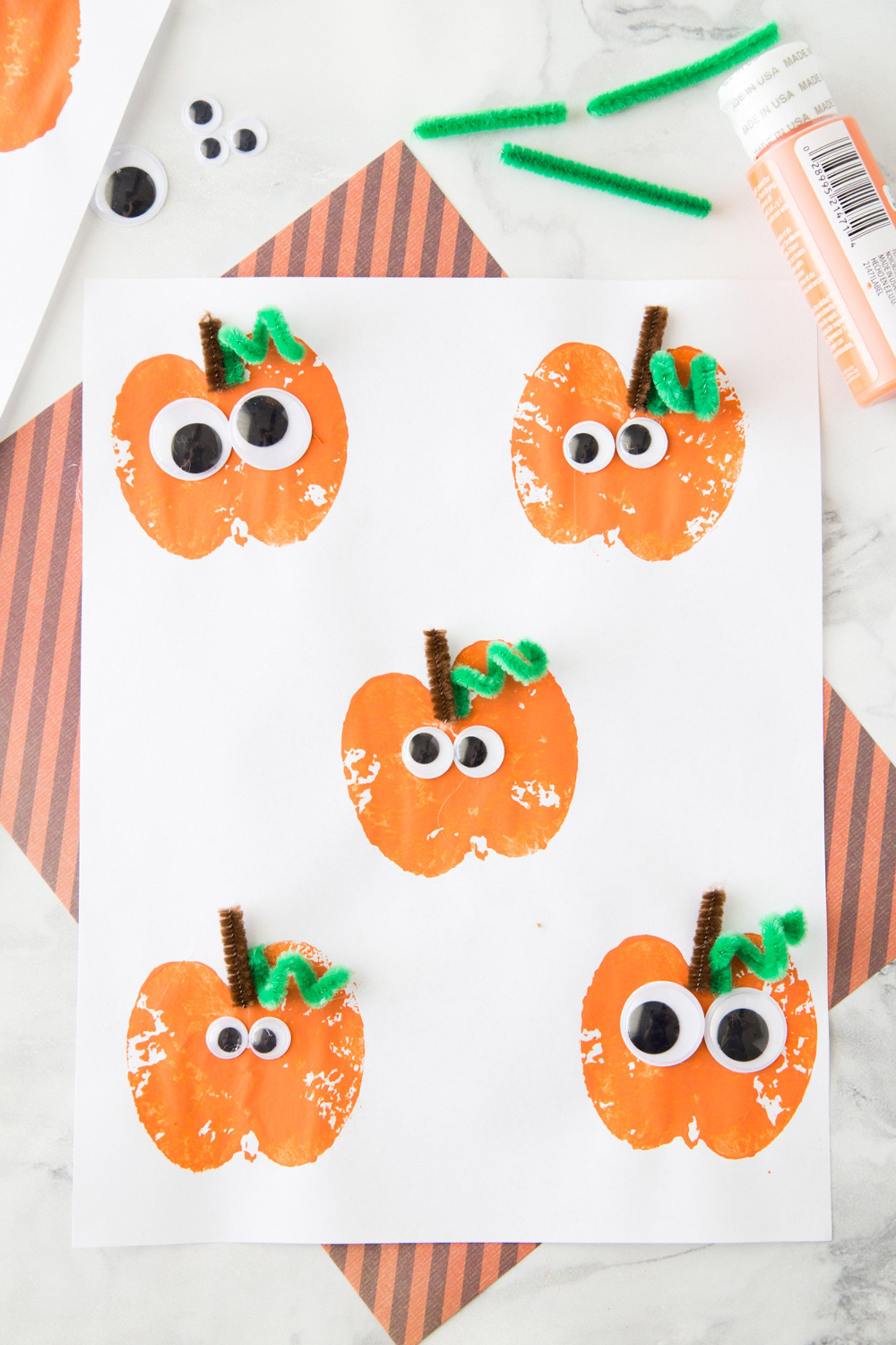 halloween crafts toddlers apple stamp