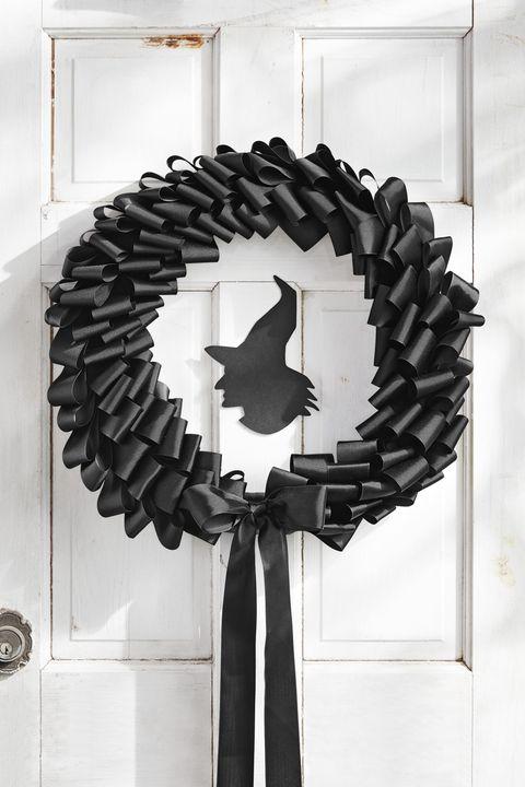 black ribbon wreath halloween crafts