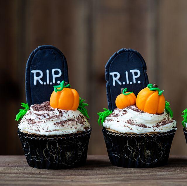 8 Best Halloween Cupcake Ideas - Easy Halloween Cupcake Recipes