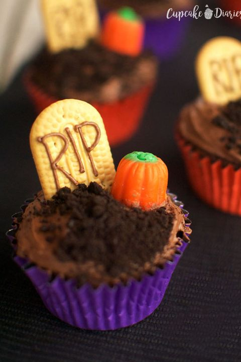 halloween cupcake ideas graveyard