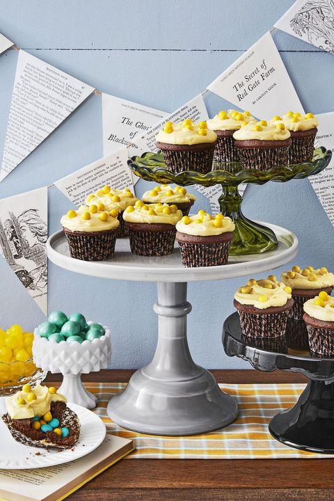 halloween cupcakes devils food cake