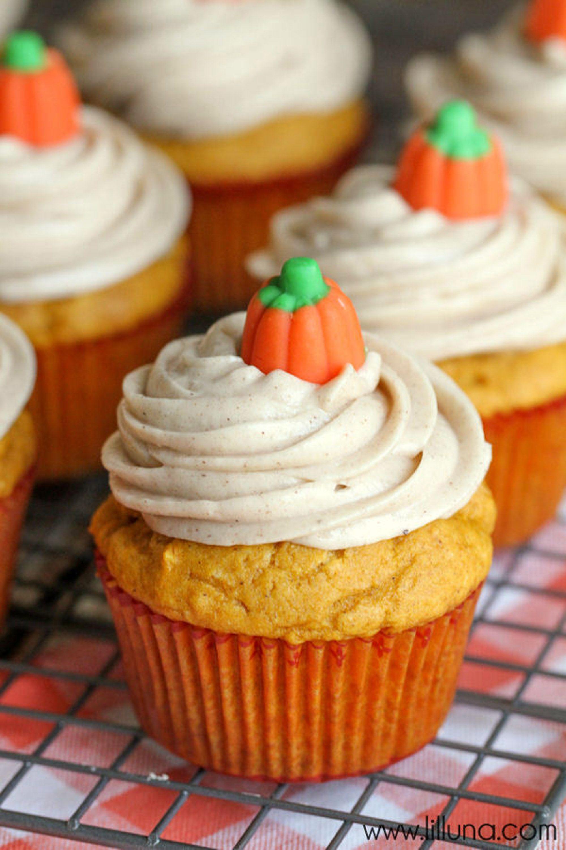 43 halloween cupcake ideas - easy recipes for cute halloween cupcakes