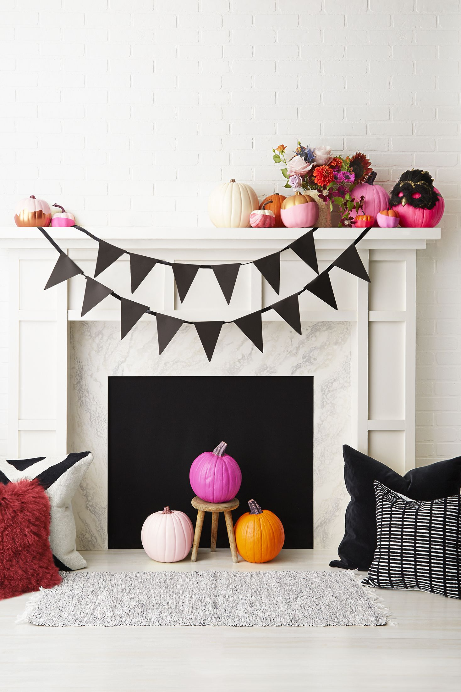 60+ Easy and Spooky DIY Halloween Decoration Ideas to Make 2019