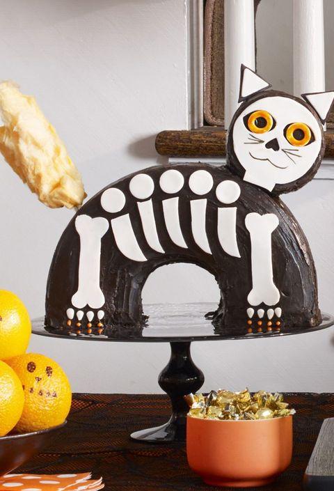 halloween desserts - cat cake