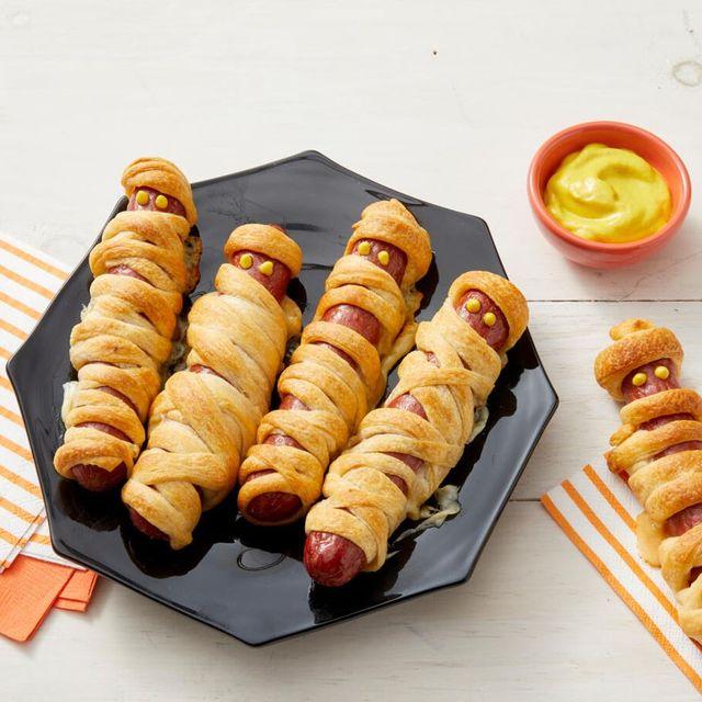 halloween dinner ideas mummy hot dogs