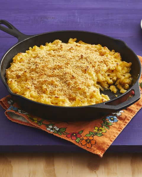 butternut squash mac and cheese in cast iron skillet