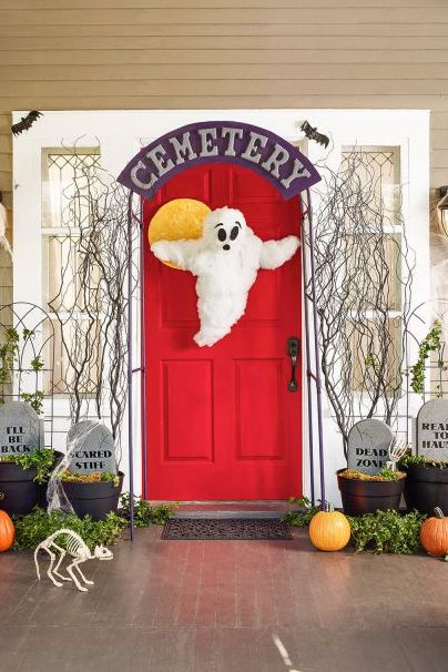 18 Homemade Halloween Door Decorations Diy Front Door Covers And