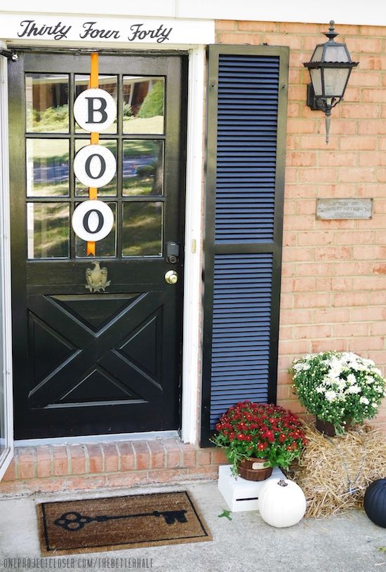 25 Best Halloween Door Decorations - DIY Front Door Covers and Decor
