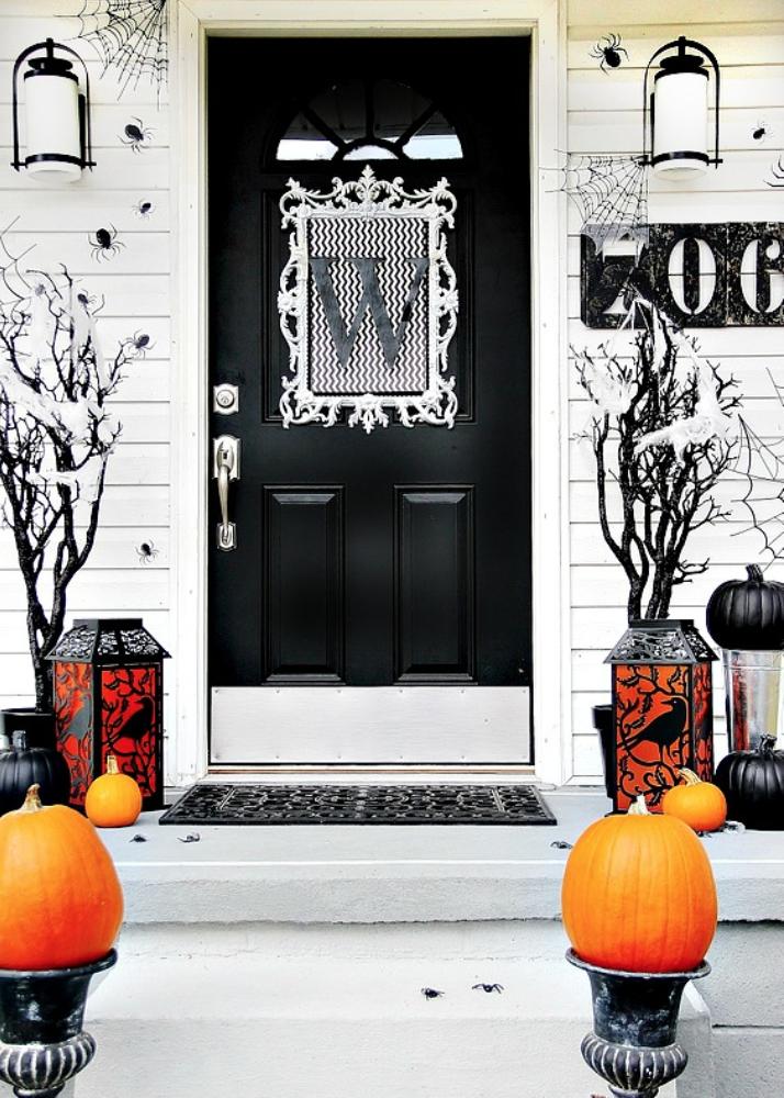 34 Best Halloween Door Decorations Diy Front Door Covers And