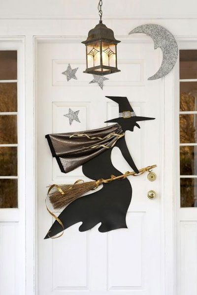 halloween door decorations witch