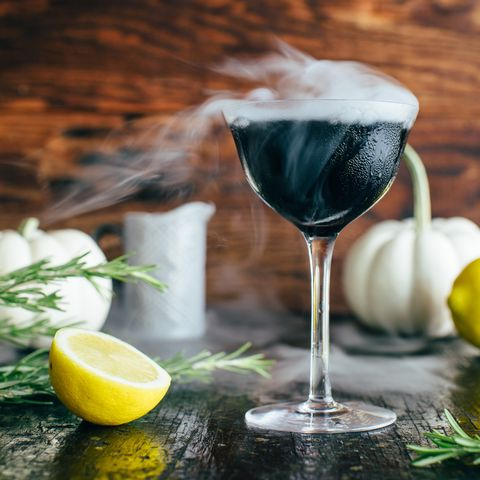 midnight fog cocktail with smoke