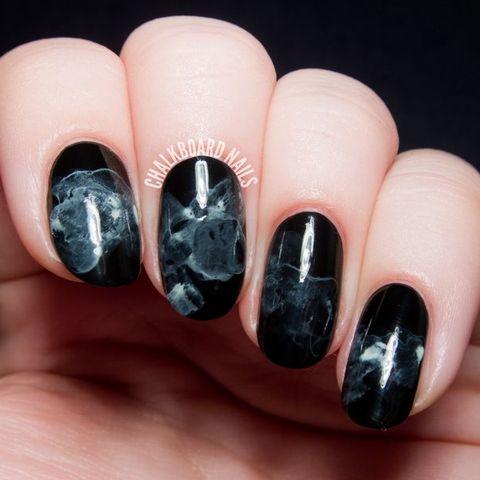 23 Spooktacular Halloween Nail Art
