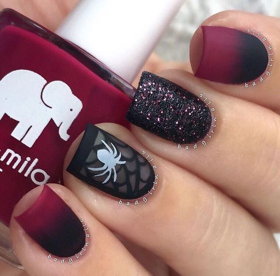 - 25+ Halloween Nail Art Designs - Cool Halloween Nails For 2018
