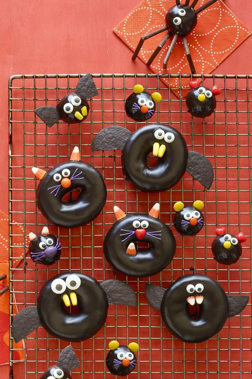 halloween party food Black Cat, Bat, Spider, and Mice Doughnuts