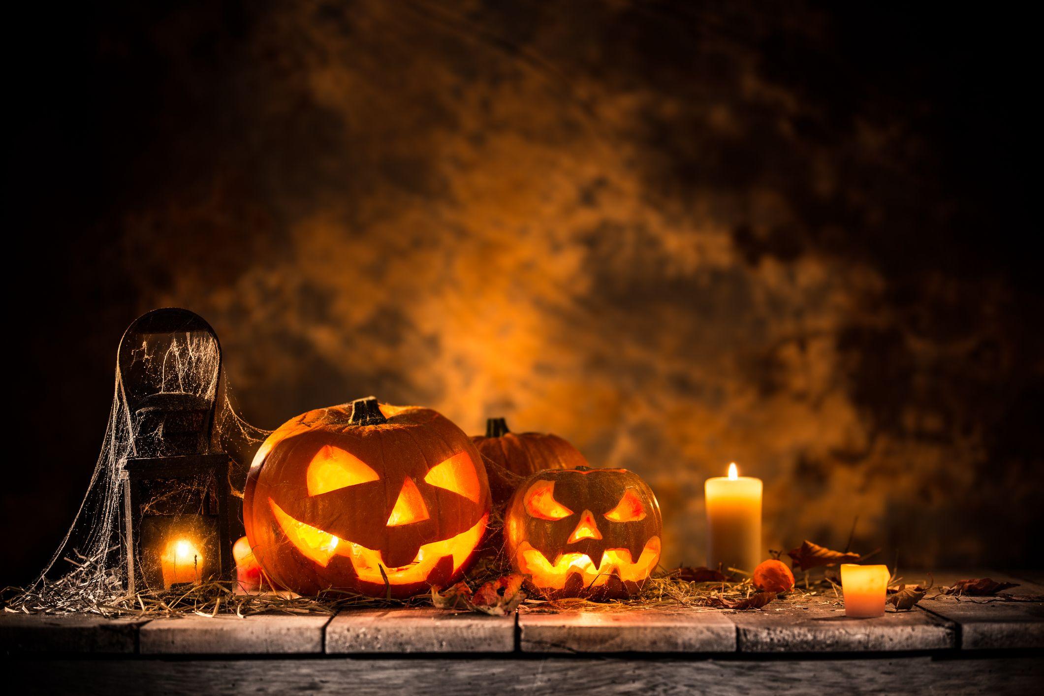 35 Spooky Halloween Quotes - Best Halloween Sayings