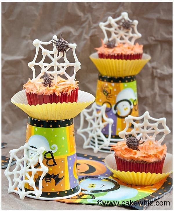 40 halloween cupcake ideas recipes for cute and scary halloween desserts