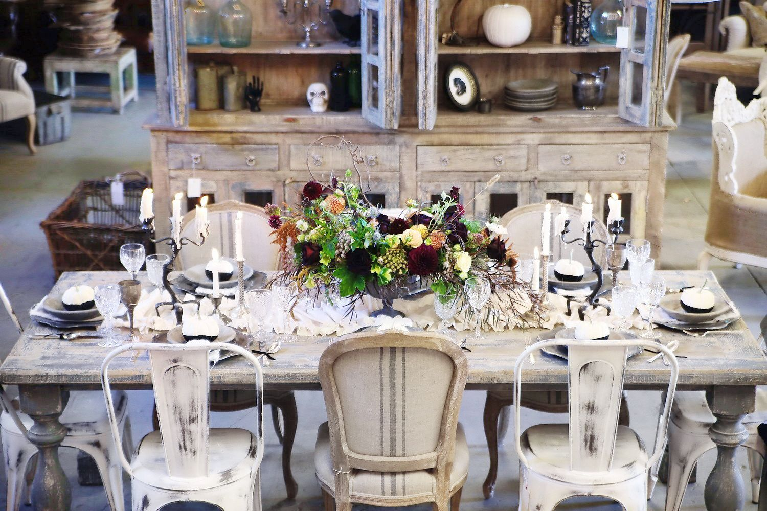 Best Halloween Table Decorations And Centerpiece Ideas  Chic Halloween  Tablescapes