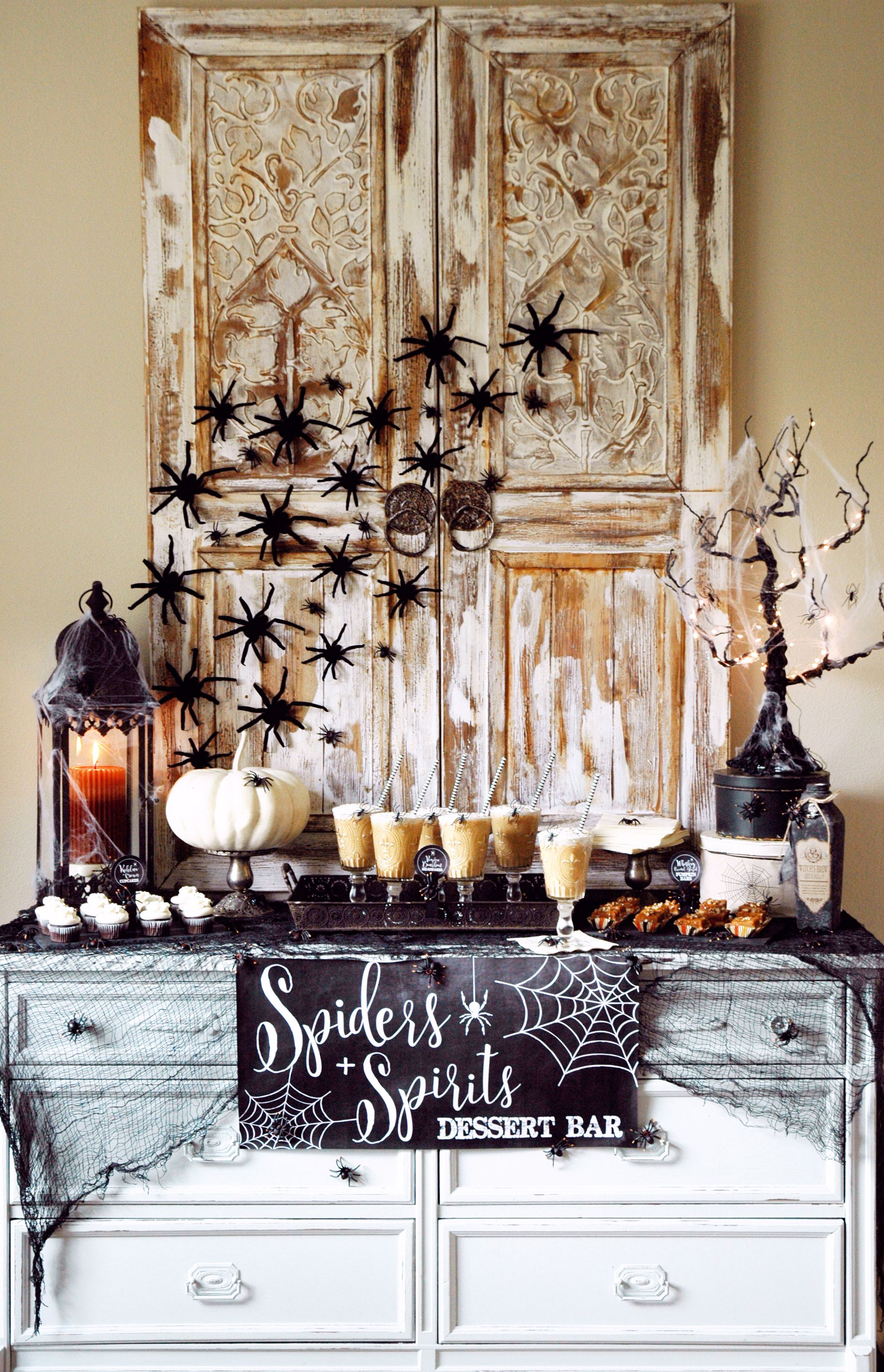 Best Halloween Table Decorations and Centerpiece Ideas