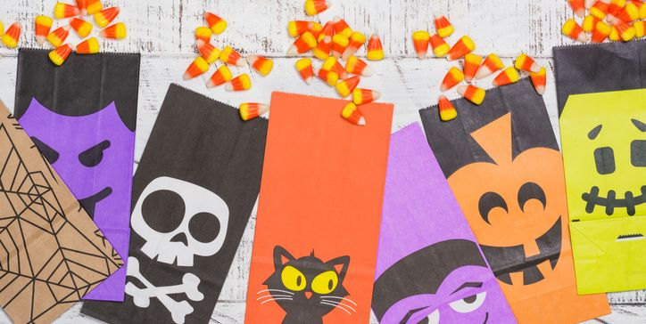 20 Best Halloween Treat Bags 2020 Goodie Bags For Candy And Trick Or Treating