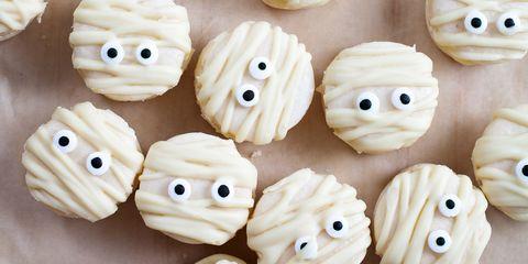 Halloween Treats For Kids Mummy Macaroons