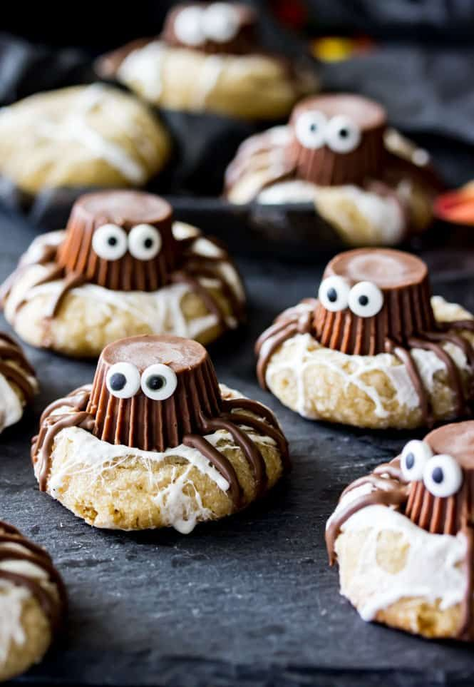 40 easy halloween party snacks ideas and recipes for halloween snacks