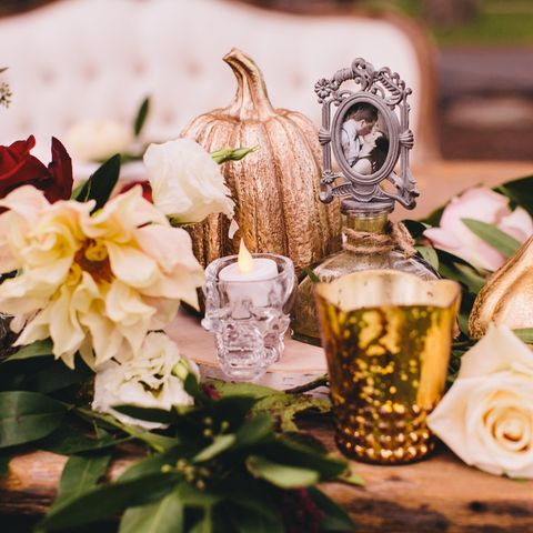 halloween wedding ideas skull votives