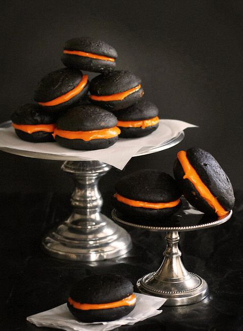 Oreo, Cookie, Food, Cookies and crackers, Snack, Orange, Candy corn, Finger food, Hat, Macaroon,