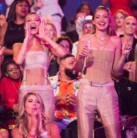 Gigi And Bella Hadid S Reactions Watching The Vmas 2019