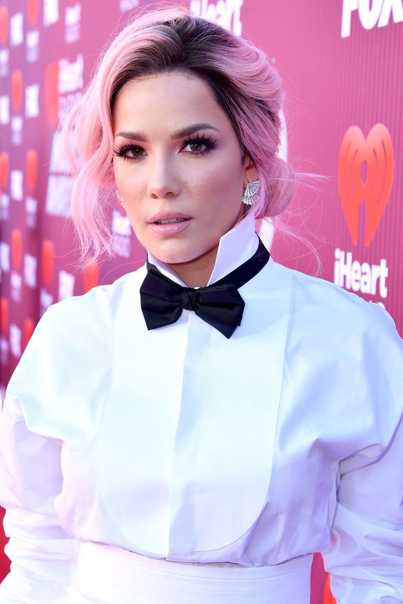 Halsey Pink Hair - 2019 iHeartRadio Music Awards - Red Carpet