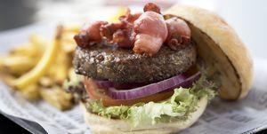 Expertos de Hamburguesa Nostra y New York Burger comparten sus secretos para hacer la hamburguesa perfecta.