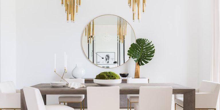 Resultado de imagen de hanging mirrors living room