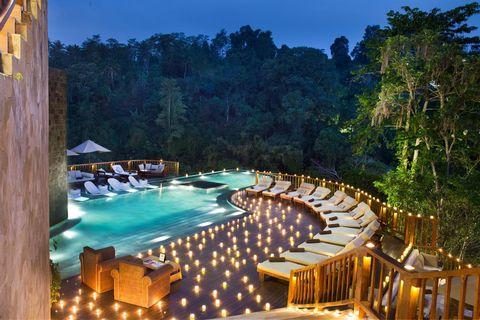 Piscina del hotel Hanging Gardens of Bali