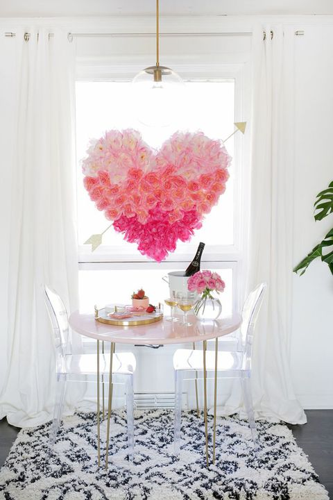 15 diy valentine 39 s day decorations best homemade - Valentines room decoration ideas ...