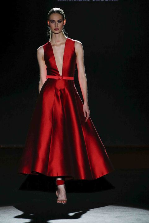 Fashion model, Clothing, Fashion, Dress, Runway, Gown, Fashion show, Red, Haute couture, A-line,