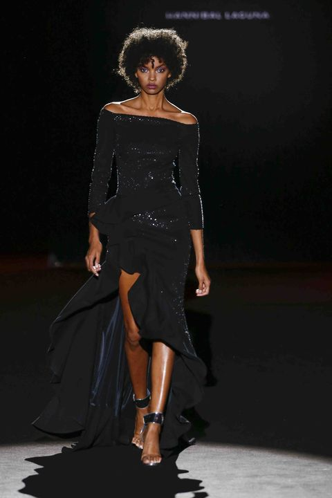 Fashion model, Fashion show, Runway, Fashion, Clothing, Shoulder, Dress, Haute couture, Event, Joint,