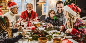 How to feed the family at Christmas - how much amount of each food.