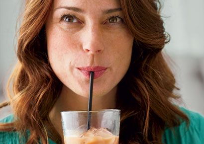 Woman drinking an active calorie diet smoothie
