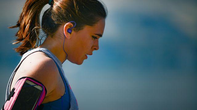 vrouw hardlopen moe na inspanning