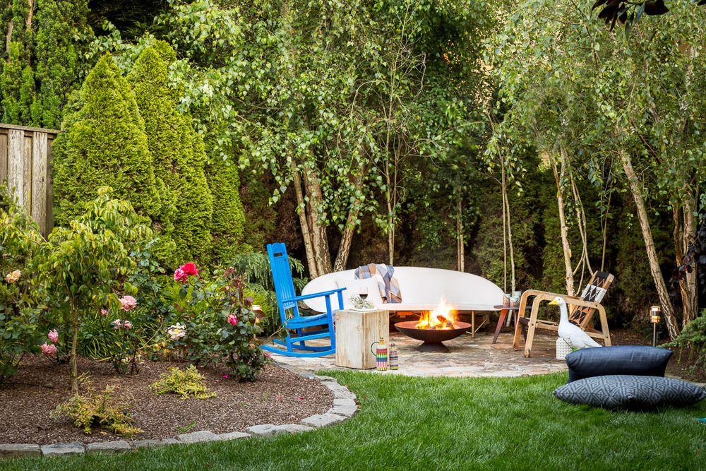 15 Backyard Fire Pit Ideas That Will Make You Want To Host A Bonfire ASAP