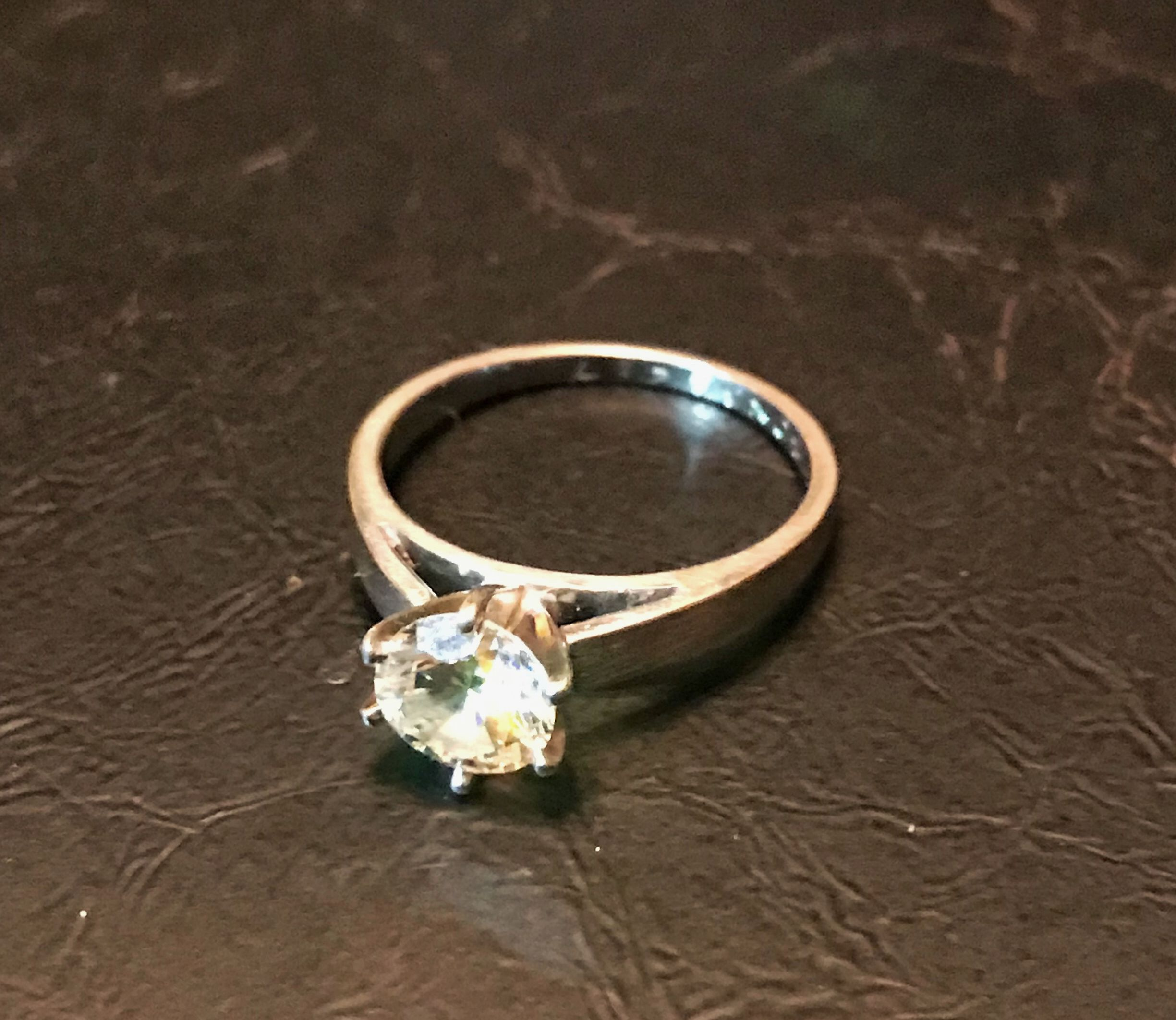 I Hated My Engagement Ring What To Do If You Don T Like Your