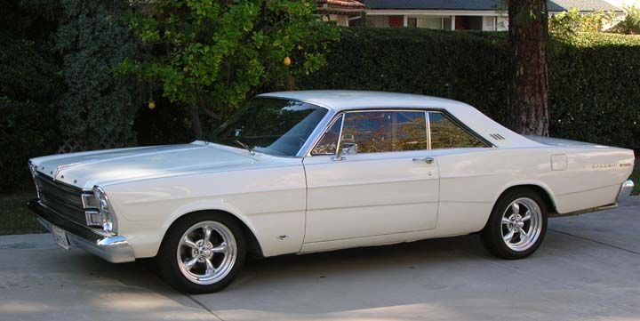 The Ford Galaxie 500 Was a Winner on the Track and in the Showroom